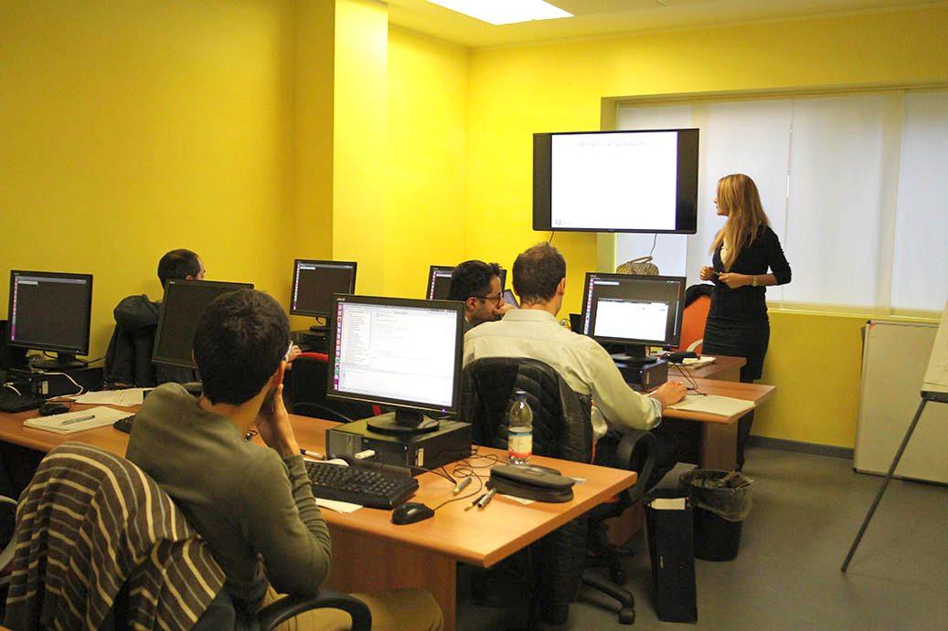 Foto del corso di formazione realizzato in collaborazione tra Advanced Global Solution AGS e Openjobmetis